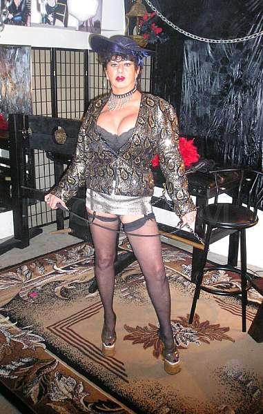 Mistress Claudine escort reviews in Philadelphia
